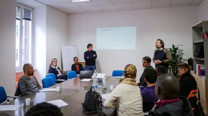 Presentazione-Corso-Help-Centers